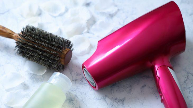 山陰の高い湿度から髪のうねりを守る梅雨のヘアケア